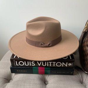 LAST 1️⃣ • Brown Rancher Hat w/ Bow Ribbon Detail